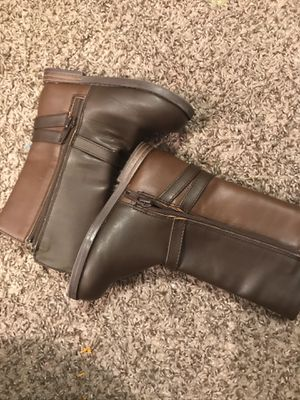 Girls boots size 7 for Sale in St. Petersburg, FL