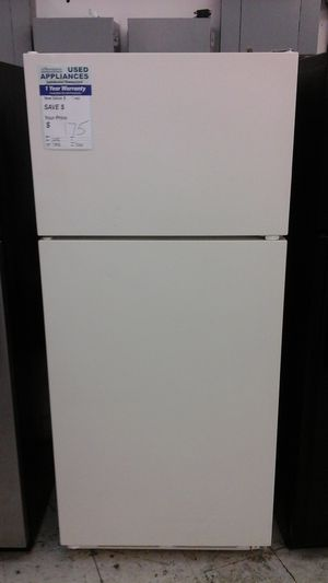 Whirlpool Top Mount Refrigerator for Sale in Westminster, CO