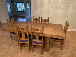 Wooden dining room table + 6 chairs for Sale in Boca Raton, FL