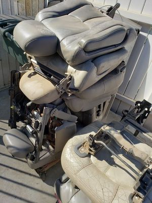 VARIOUS LEATHER SEATS FREE for Sale in Pomona, CA