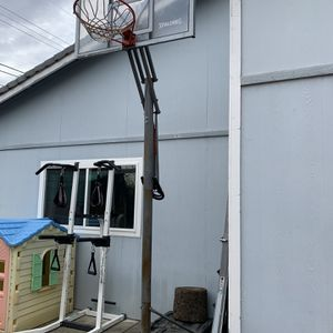 Basketball hoop for Sale in Sacramento, CA