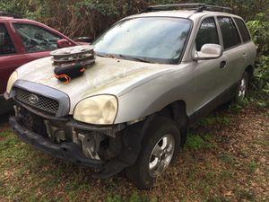 Hyundai Santa Fe For Parts for Sale in Lakeland, FL