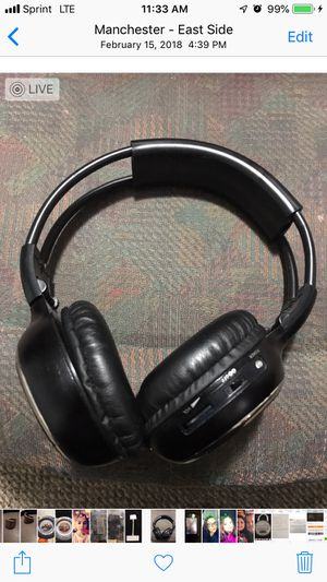 4 pairs of blue tooth head phones for Sale in Manchester, CT