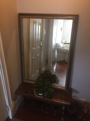 Mirror and bench for Sale in Sterling, VA