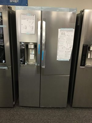New LG Door in Door Side by Side Refrigerator for Sale in Arlington, TX