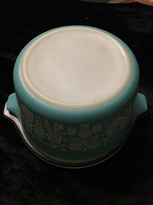 PYREX 1 PINT CASSEROLE DISH WITH LID for Sale in Kaneohe, HI