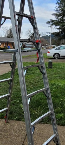 Ladder 7ft for Sale in Happy Valley,  OR