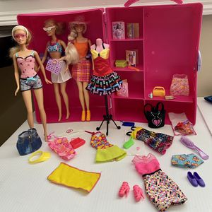 BARBIE FASHION VINTAGE TRUNK MATTEL 1998 PINK W/DOLL CLOTHES & ACCESSORIES 40+pc for Sale in Miami, FL