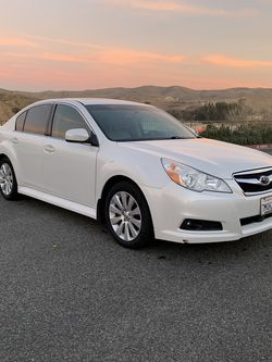 2011 Subaru legacy Limited Clean Title And CARFAX for Sale in Corona,  CA