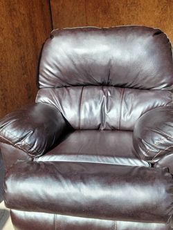Dark Brown Leather Sofa And Recliner FREE DELIVERY for Sale in Norcross,  GA