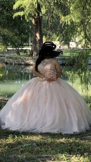 Quinceanera blush pink dress for Sale in San Antonio, TX