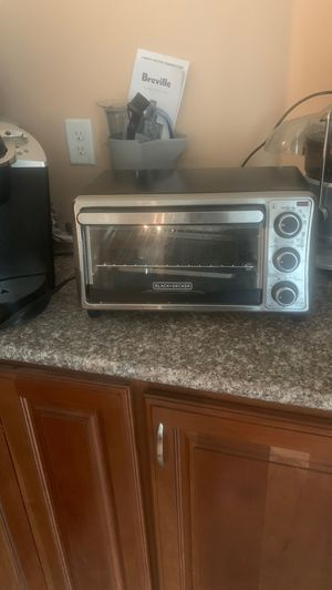 Black and Decker conventional oven for Sale in Crestview, FL