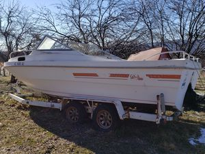 Boat for sale. Comes with trailer. Has a Chevy 305 motor for Sale in Front Royal, VA