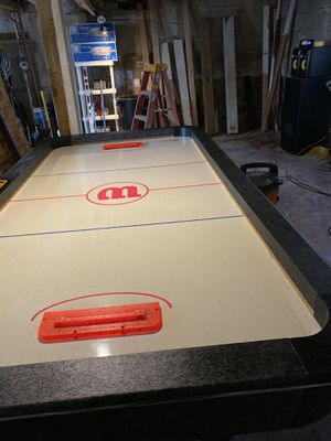 Wilson Air Hockey table for Sale in Lyons, IL