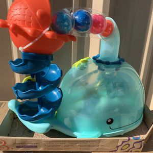 New B. Poppity Whale Pop 5 Balls Music toy for Sale in Las Vegas, NV
