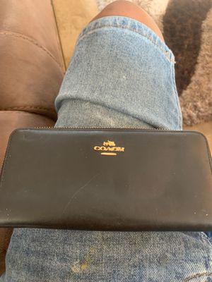 Coach wallet for Sale in Zephyrhills, FL