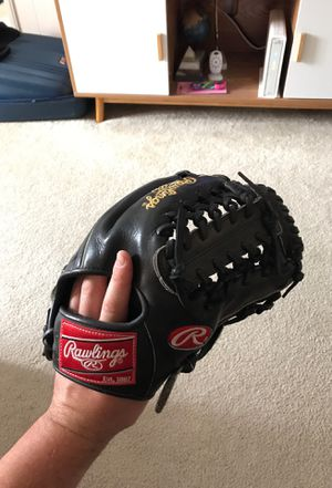 Rawlings Heart of the Hide Black Modifed Trap Eze 11 1/2 for Sale in San Diego, CA