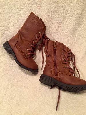 NWOT Sz 5 Boutique Girl Brown Boots for Sale in Bountiful, UT