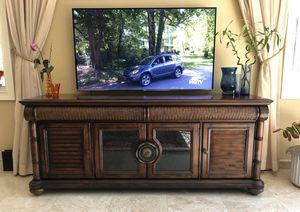 TV stand for Sale in Murfreesboro, TN