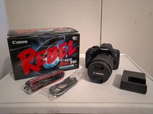 Canon EOS Rebel T6i EF-S 18-135mm IS STM Lens Kit EXCELLENT CONDITION for Sale in El Monte, CA