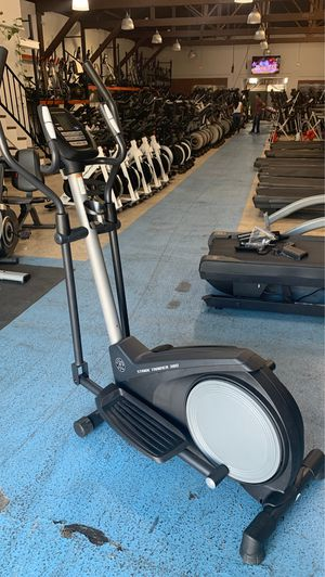 Small High Quality Elliptical - Perfect for an Apartment! for Sale in Maywood, CA