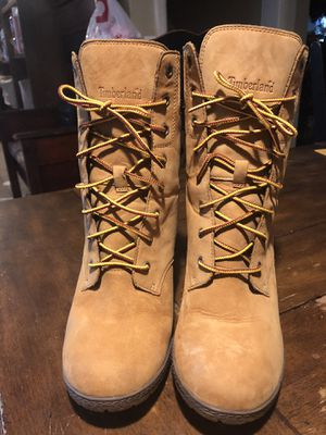 Timberland women's Camdale chunky heel boots for Sale in North Olmsted, OH
