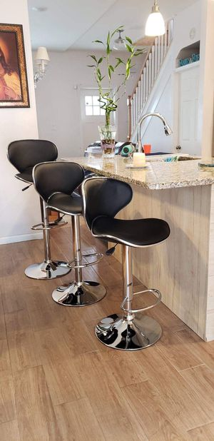 Beautiful chairs Set of bar stool adjustables brand new!!! different colors,Chairs sillas cadeiras for Sale in Clifton, NJ