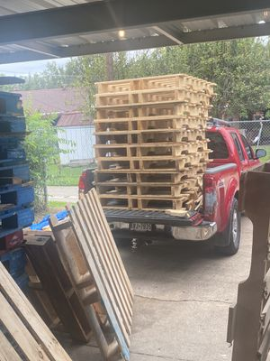 Wood pallets for Sale in Grand Prairie, TX