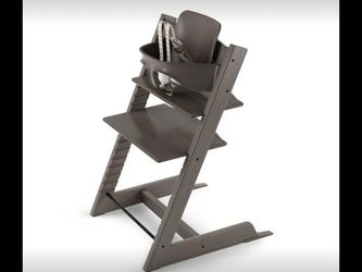 Stokke Tripp Trapp High Chair - Available in Multiple Colors for Sale in San Marino,  CA