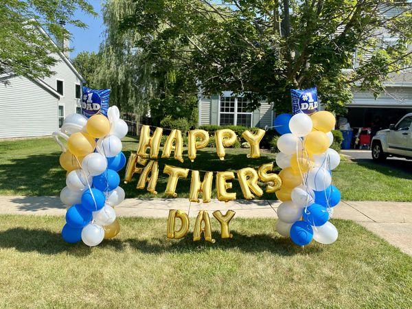 Father's Day balloon columns