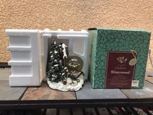 Winterwood Musical Snow Globe for Sale in Fort Meade, FL