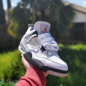 Air jordan 4 White Cement for Sale in Moreno Valley, CA