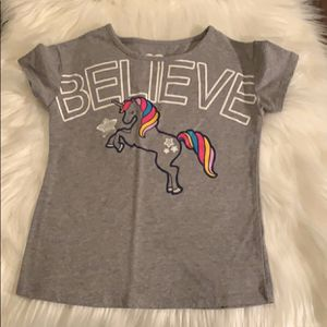 Girl's T-Shirt Size 5 for Sale in Clovis, CA