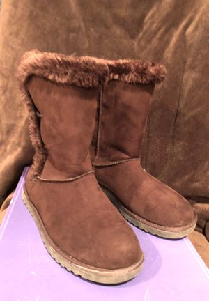 Cherokee Gibby Brown Youth Boot size 5 for Sale in Mason City, IA