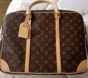Louis Vuitton Paris Porte Documents Mens or Womens Laptop Bag Briefcase Monogram with key, lock, tag, shoulder strap for Sale in Dallas, TX