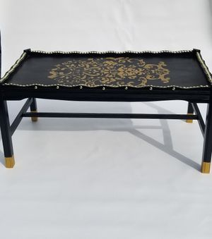 Coffee/ Cocktail table for Sale in Cleveland, OH