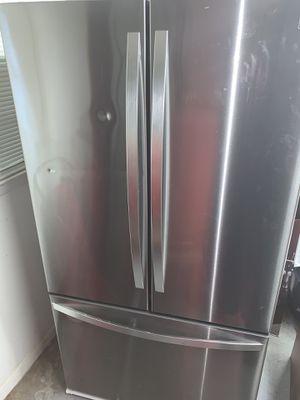 Kenmore Refrigerator for Sale in Tucker, GA
