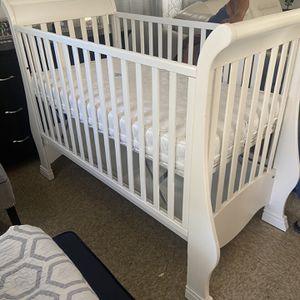Crib for Sale in Escondido, CA