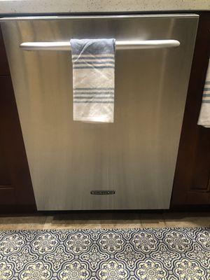 Kitchen aide dishwasher for Sale in Pembroke Pines, FL