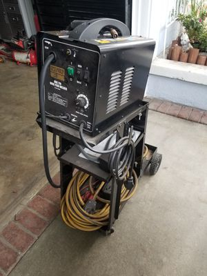 Mig 170 welder (Chicago electric) for Sale in West Covina, CA