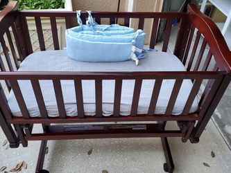 Baby Cradle for Sale! for Sale in Apopka,  FL
