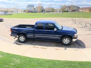 2000 Chevy silverado 1500 for Sale in Frederick, CO
