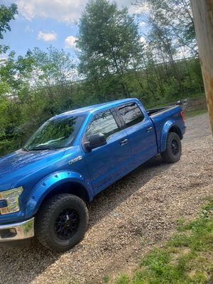 2016 ford f150 5.0l 4x4 for Sale in New Bedford, OH