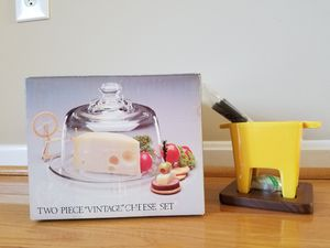 New* Two piece cheese set and cheese fondue for Sale in Sully Station, VA
