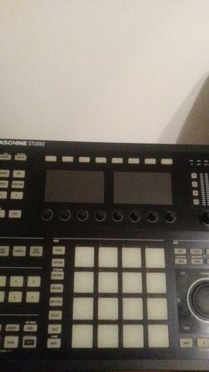 Maschine studio for Sale in BRECKNRDG HLS, MO