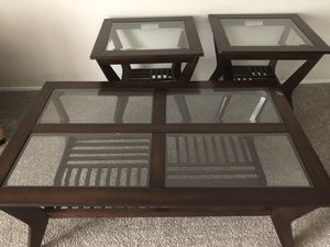 3-piece coffee and end tables for Sale in Fort Wayne, IN