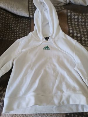 Adidas sweater for Sale in Lynwood, CA