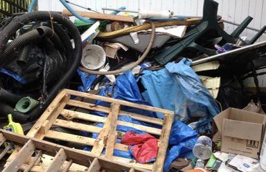 Pallets, Tires, Hoses, Trash!!! JUNK!!! for Sale in Austin,  TX