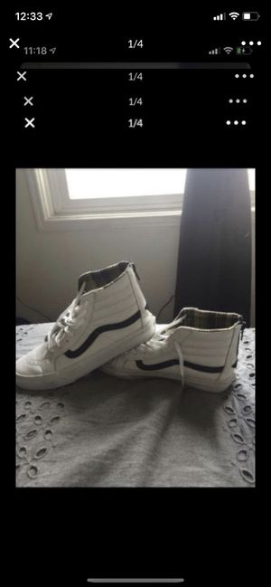 Vans White and Plaid Men's 8 Women's 9.5 for Sale in San Diego, CA