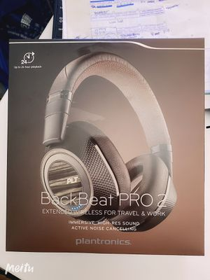 New Plantronics PRO 2 Wireless headphone for Sale in Milpitas, CA